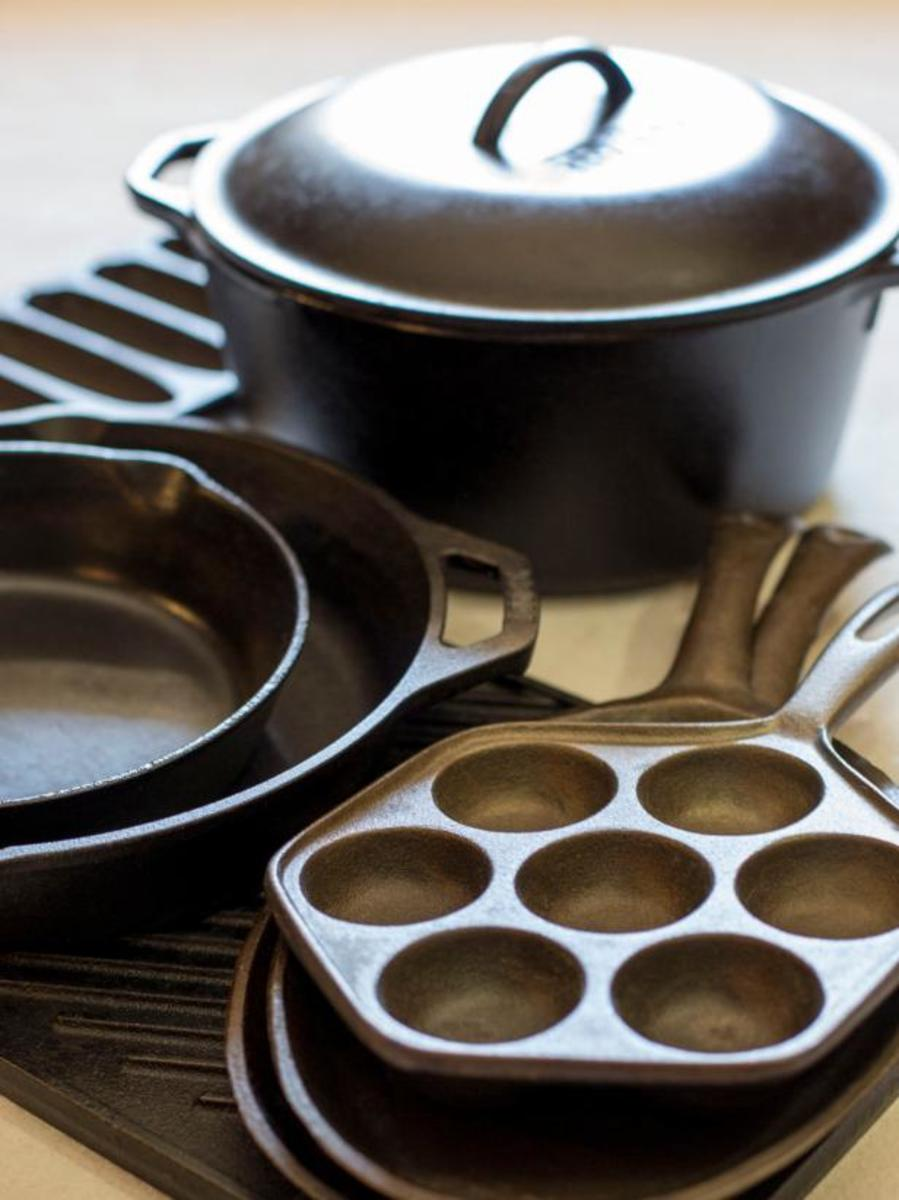 Just wipe cookware it out when you're done cooking with it, and you're done.