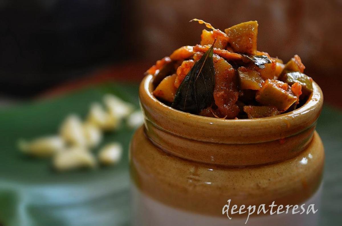 Kerala Style Mango Pickle / Manga Achar : Recipe
