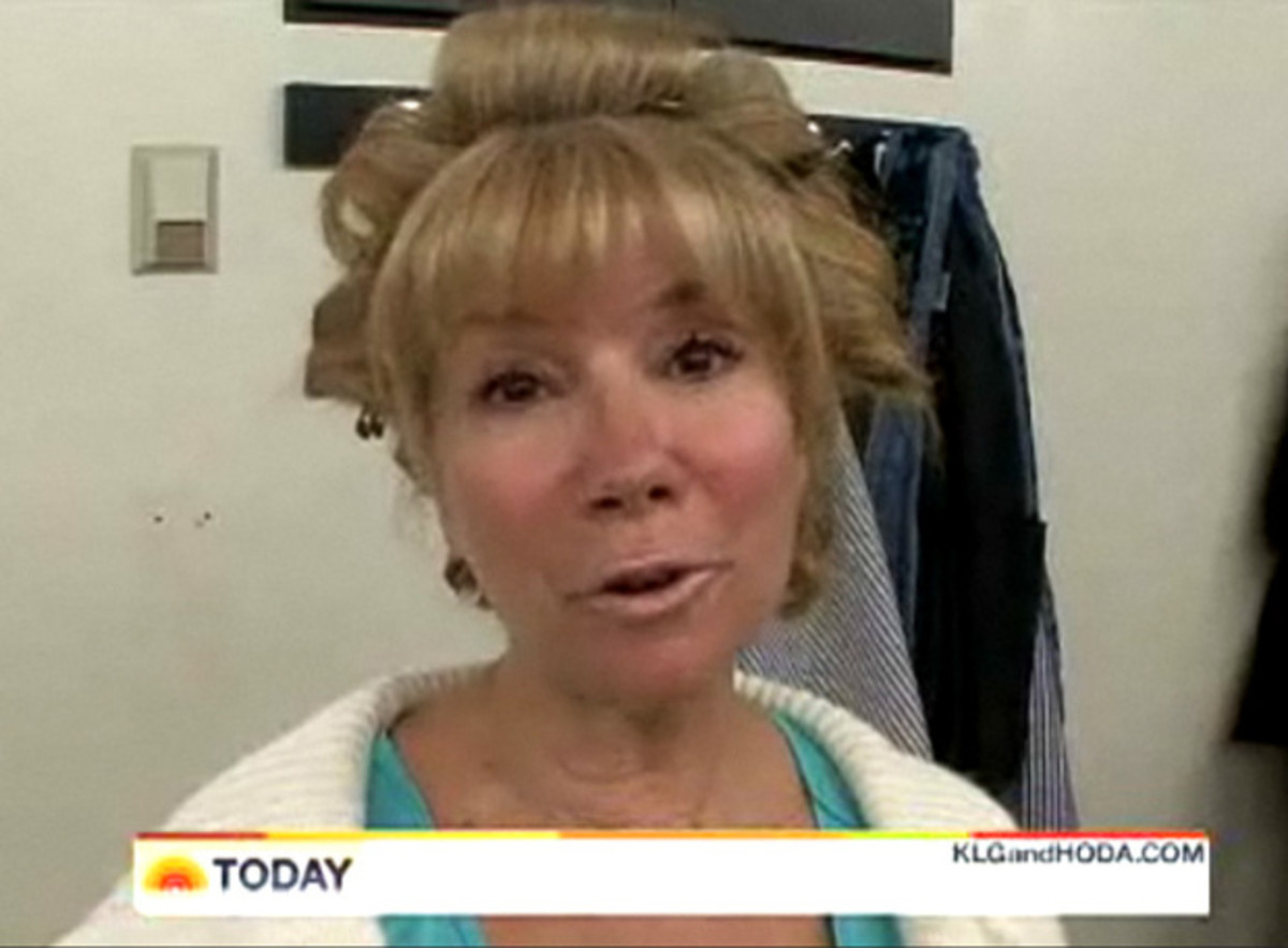 Kathie Lee and Hoda did an entire show totally WITHOUT make-up.