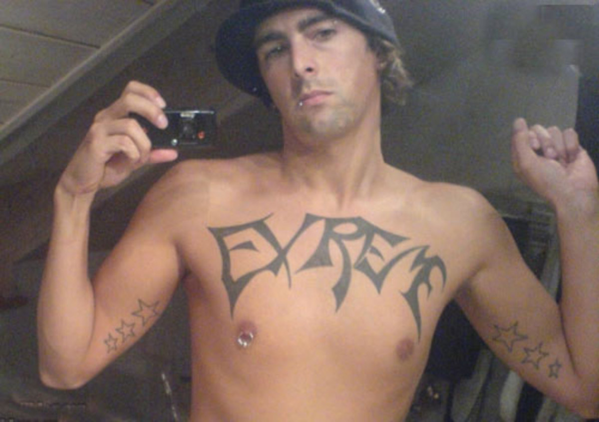 Extreme dude got thoroughly reamed by life and his retarded tattooist.