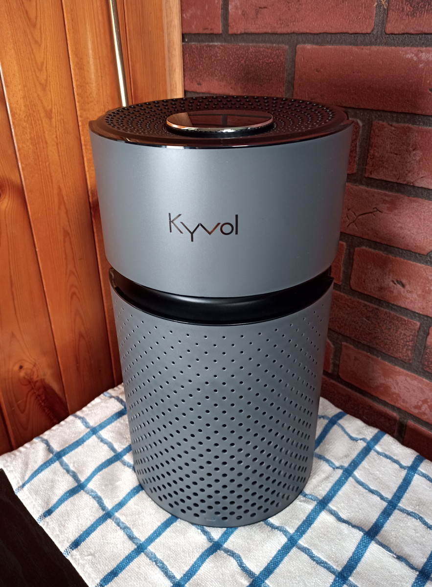 the-great-air-purifier-battle-kyvol-versus-medify