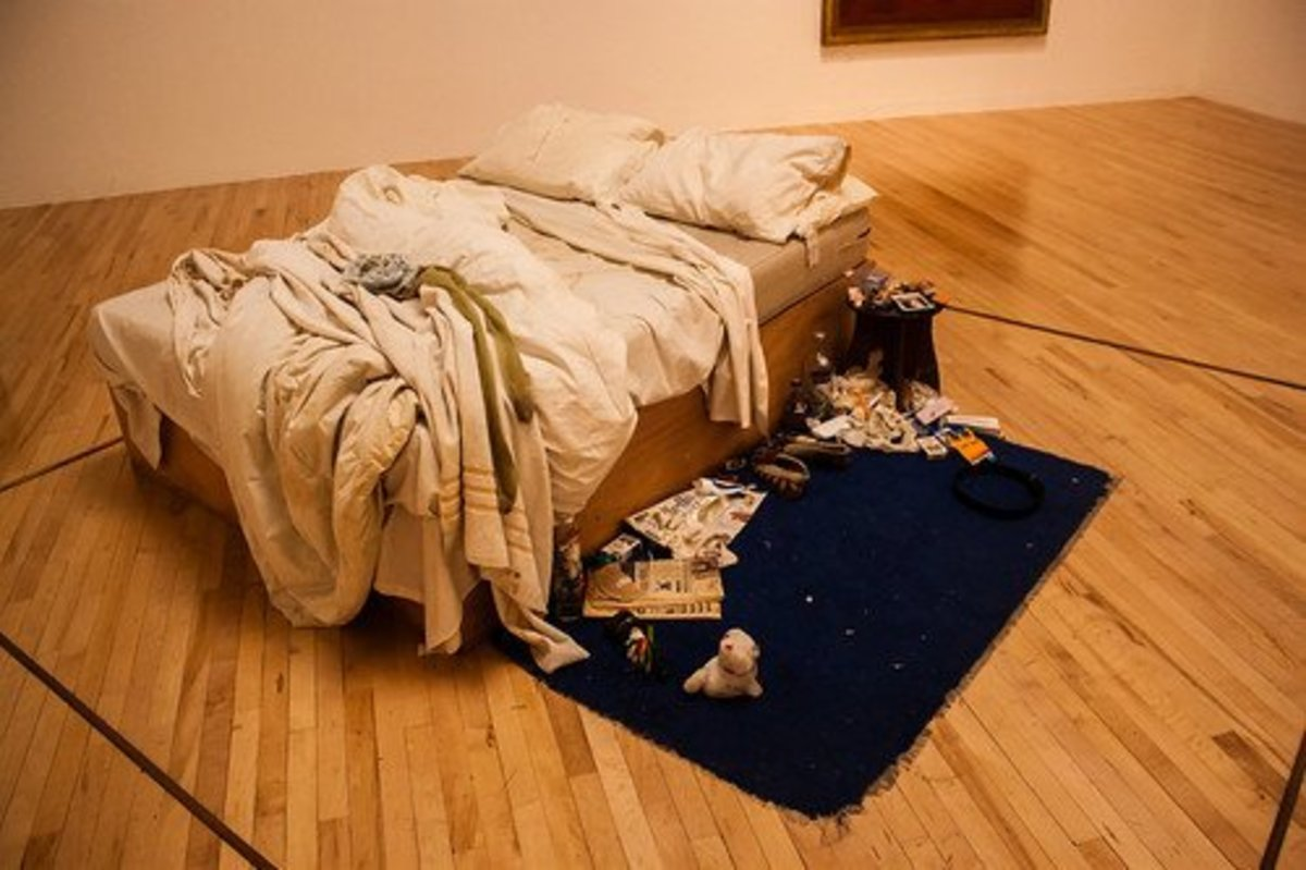 """Tracy Emin's """"My Bed"""" at the Tate Modern. But is it art?"""