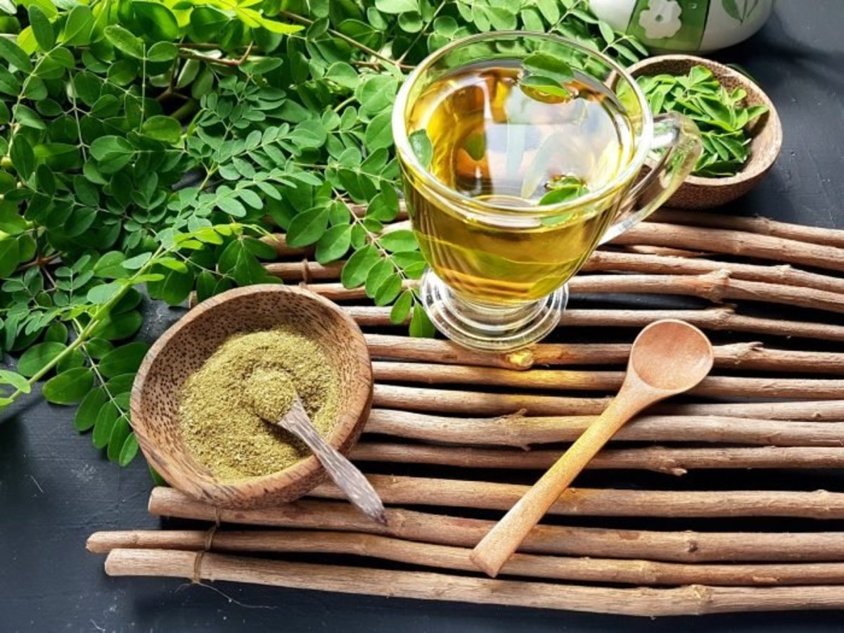 replace-your-morning-coffee-with-moringa-tea-heres-why