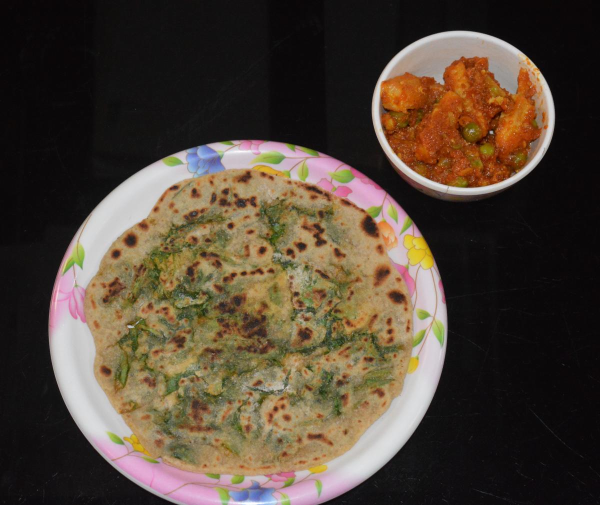 Spinach Paratha (Palak Paratha)