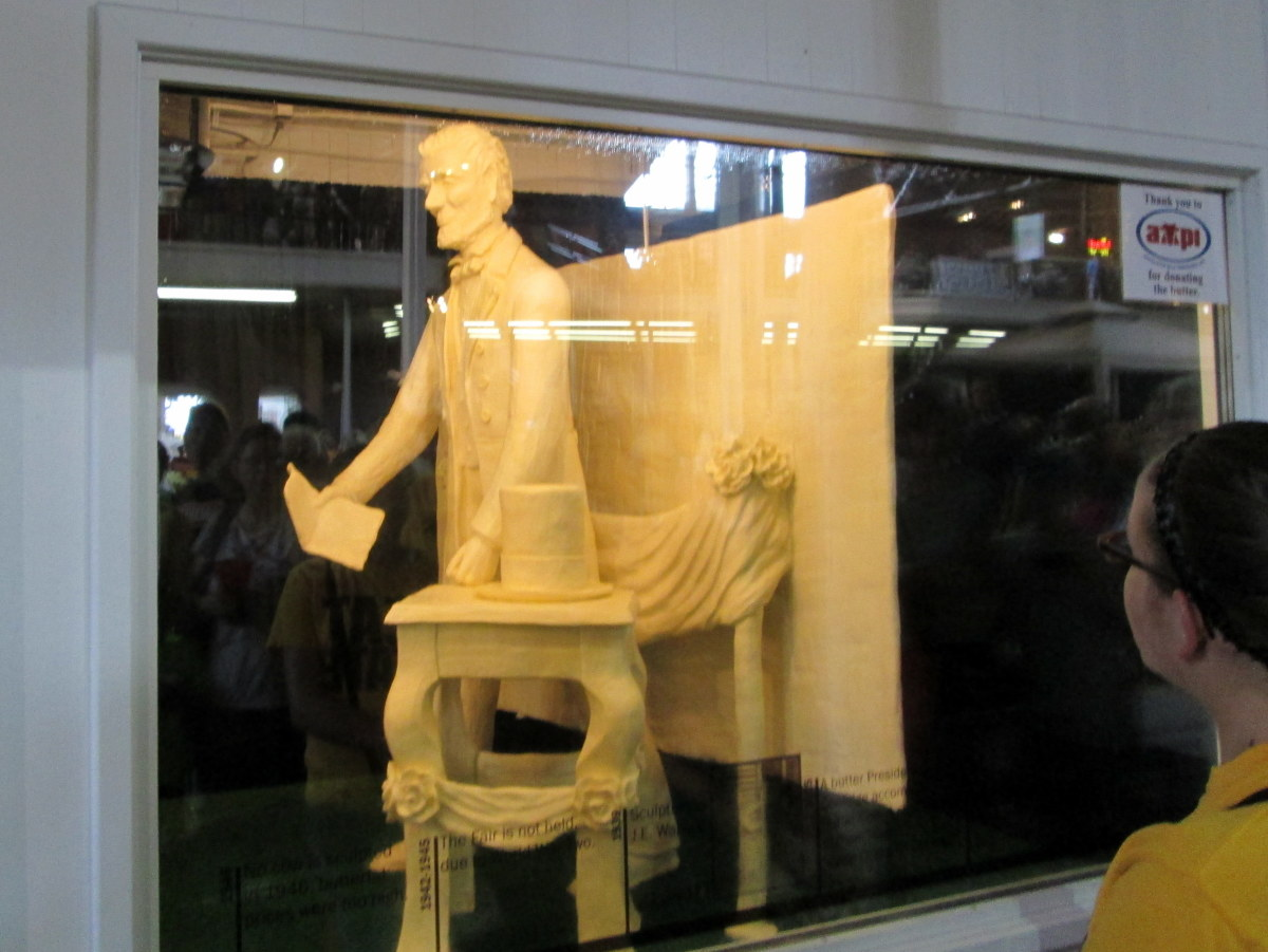 Abraham Lincoln was the subject of the 2013 companion sculpture.