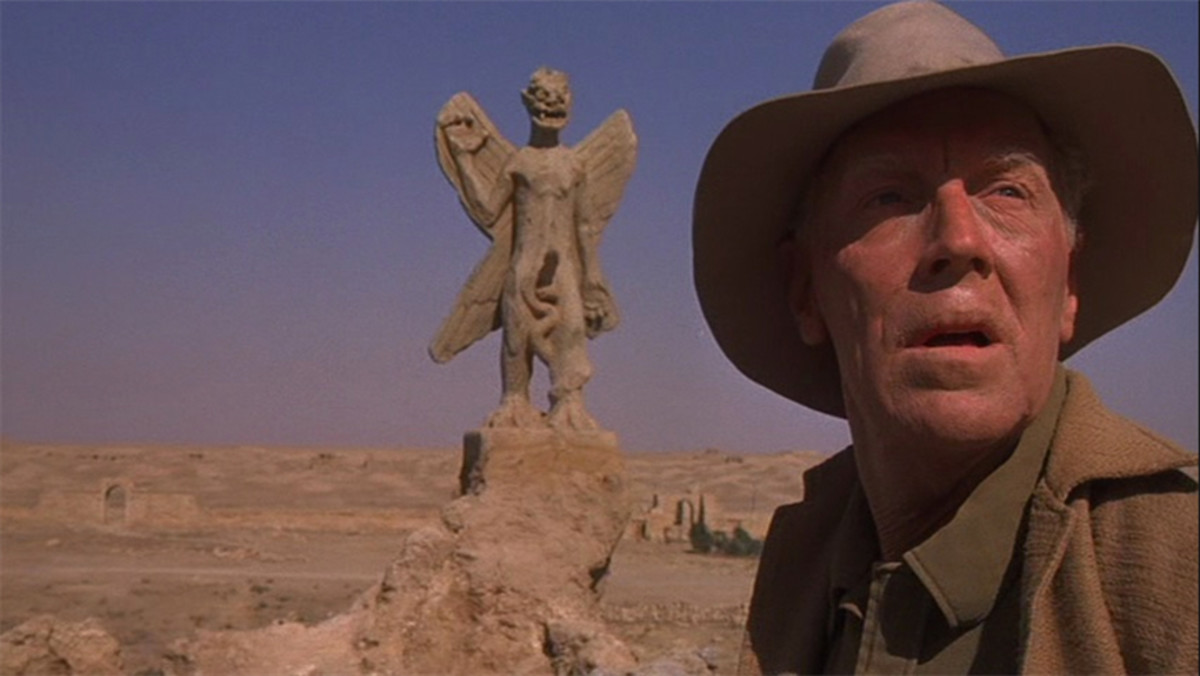 Father Merrin comes face to face with the statue of Pazuzu.