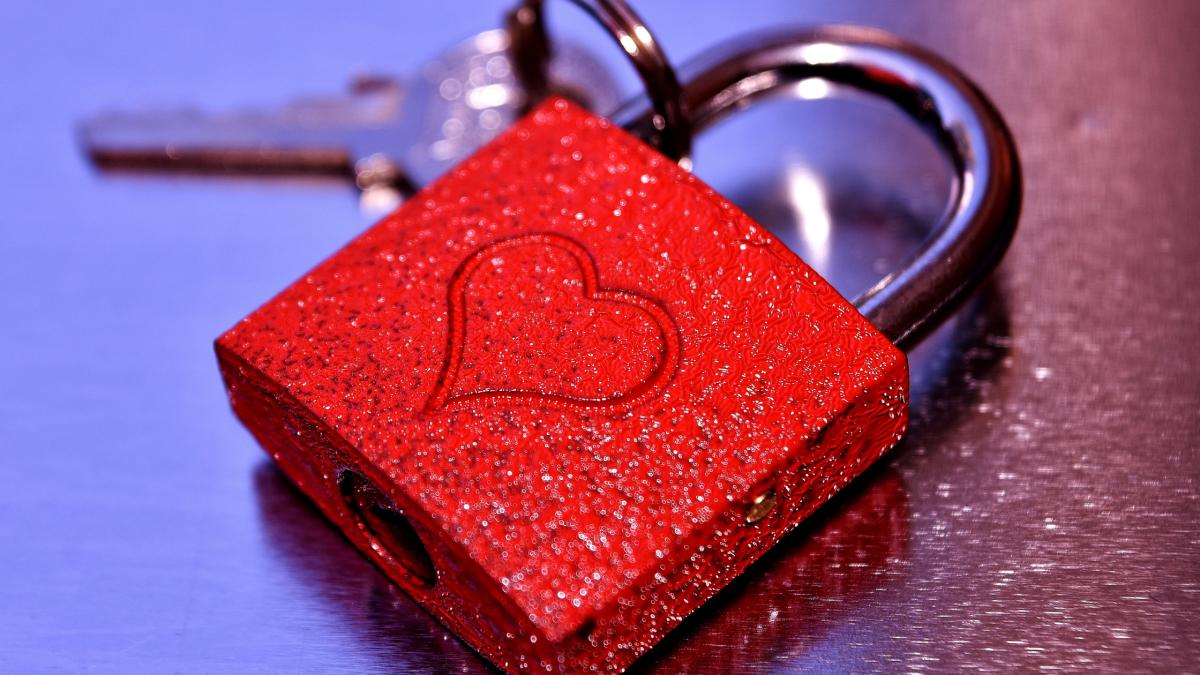 love-betrayal-a-poem