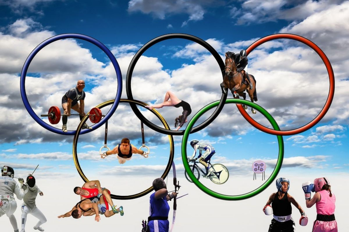 This year the Olympic games in Japan were a bit different from the normal games because of the corona virus pandemic. We were all worried, but somehow they happened just the same. Now is ended and all the athletes have gone back to their countries,