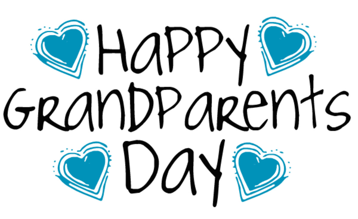 Free Happy Grandparents Day card and clip art with four blue hearts and black text