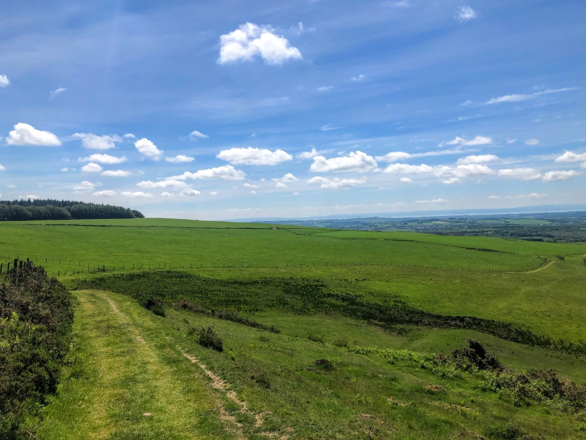 Spectacular views across the Vale of Glamorgan for the first 3.5miles.
