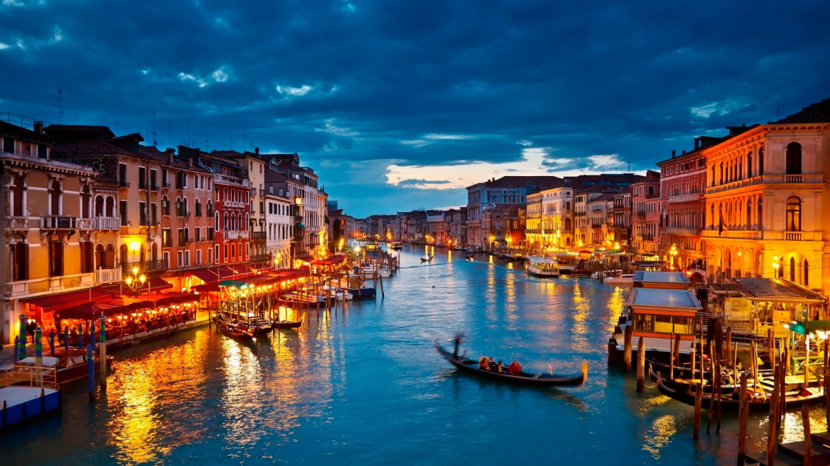Top 10 Romantic Things To Do with Your Partner in Venice, Italy