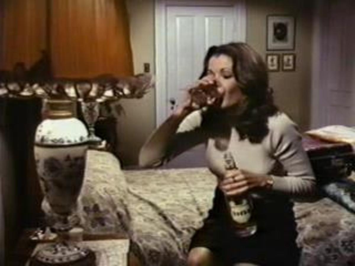 """Frederica """"Freddy"""" Morgan (Jessica Walter) knows what's like being with family for the holidays"""