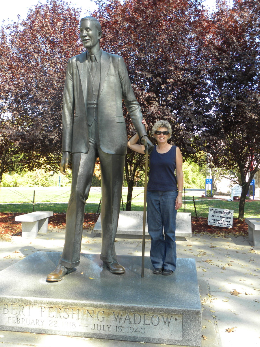 "Me and Robert Wadlow, the world's tallest man. I'm 5'6""; Robert Wadlow was  8' 11"""