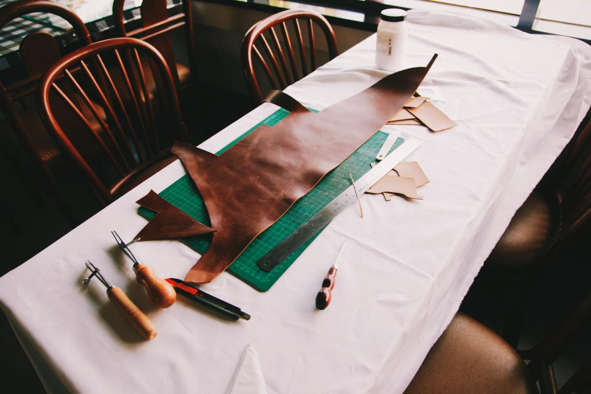 What is PU Leather? Pros & Cons of Polyurethane Leather