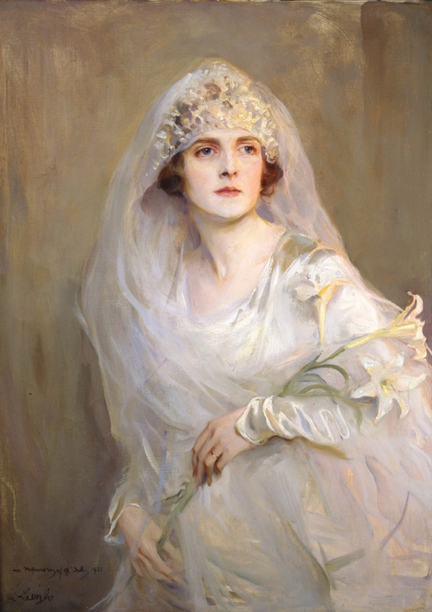 """Edwina Ashley on her wedding day. She married Lord Louis """"Dickie"""" Mountbatten, a cousin of King George V of Britain in July 1922.The portrait was completed the following year."""