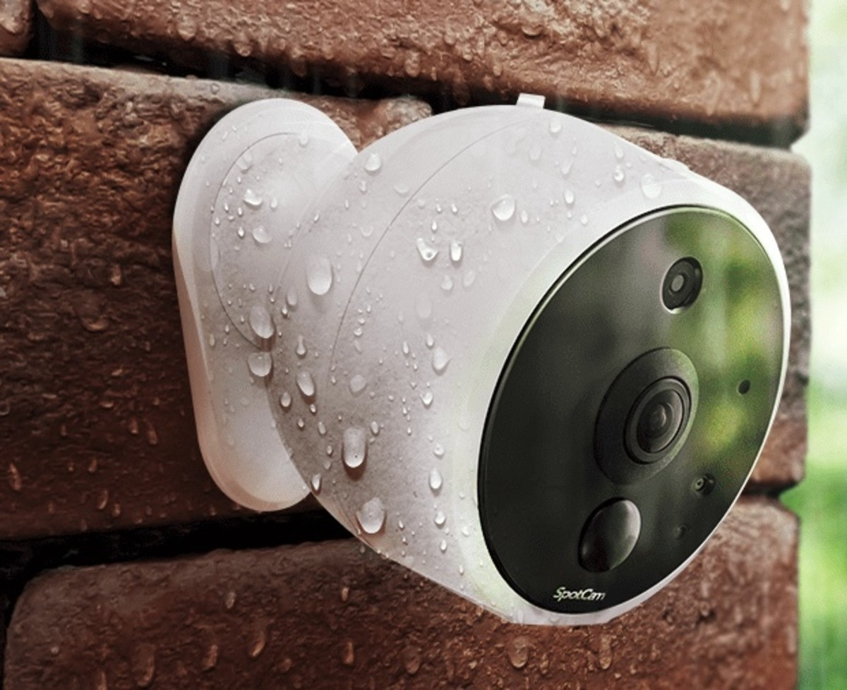 the-spotcam-solo-2-is-the-wire-free-video-security-solution