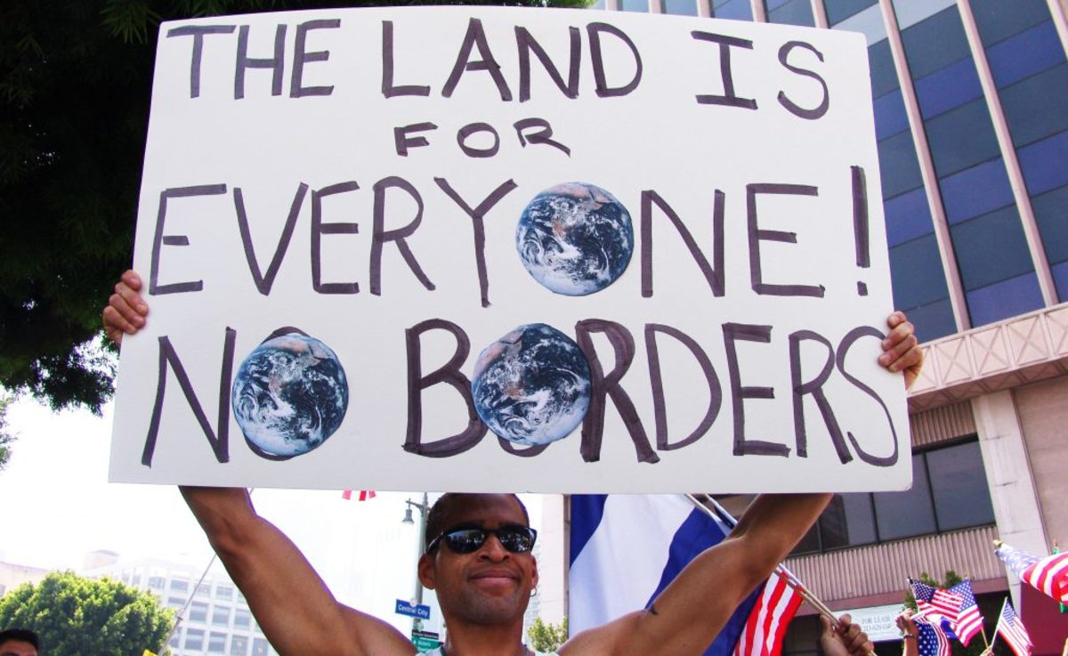 Democrats want a New World Order without borders or countries