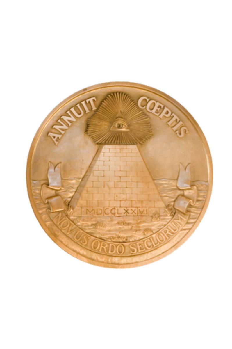 U.S. Pyramid Seal.  Photo by Lightscribe@Dreamstime.com