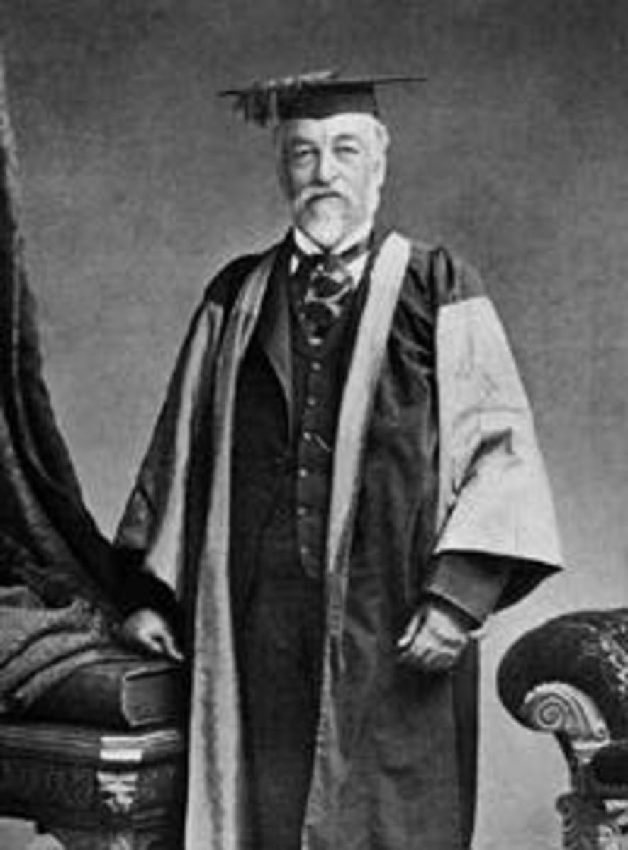 Samuel Langley, in full academic regalia.  Image courtesy Wikipedia.