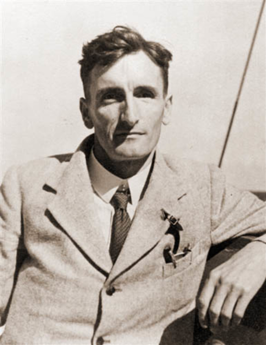 Guy Callendar in 1934, looking every inch the sportsman (Callendar was an avid tennis player.)  Image courtesy Wikipedia.