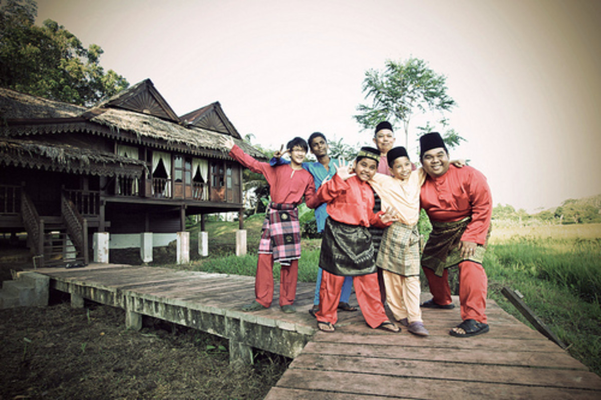 Hari Raya AidilAdha is also about getting dressed in traditional dress and visit parents and closed relatives.