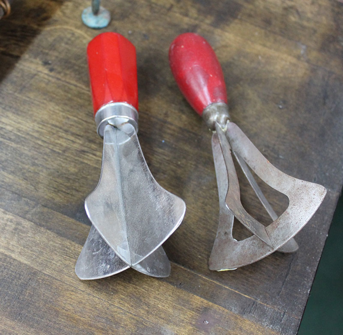 Vintage food choppers and cutters