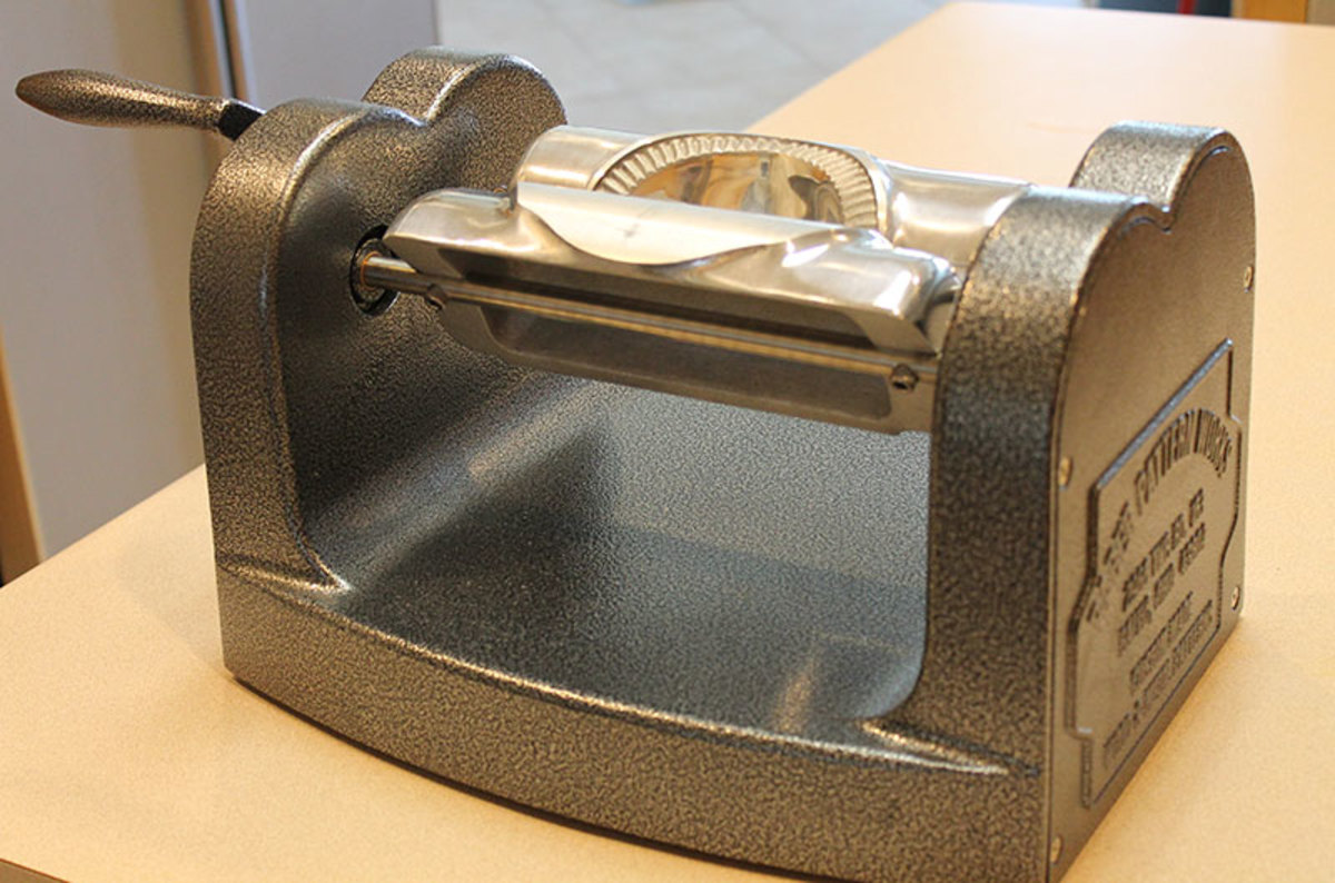 Reproduction Fry Pie Maker from Cottage Craft Works.