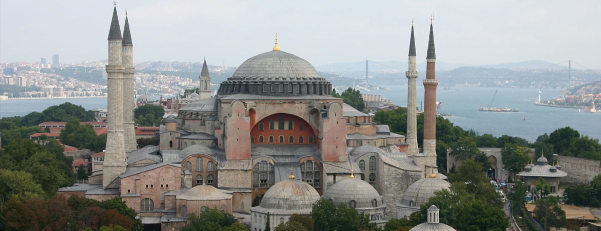 Another place of worship called, Hagia Sophia museum, or Ayasofya church. This is supposed to be the oldest church in the world. Looking at these picture and other things, Turkey is so full of mysterious things that one wish to visit