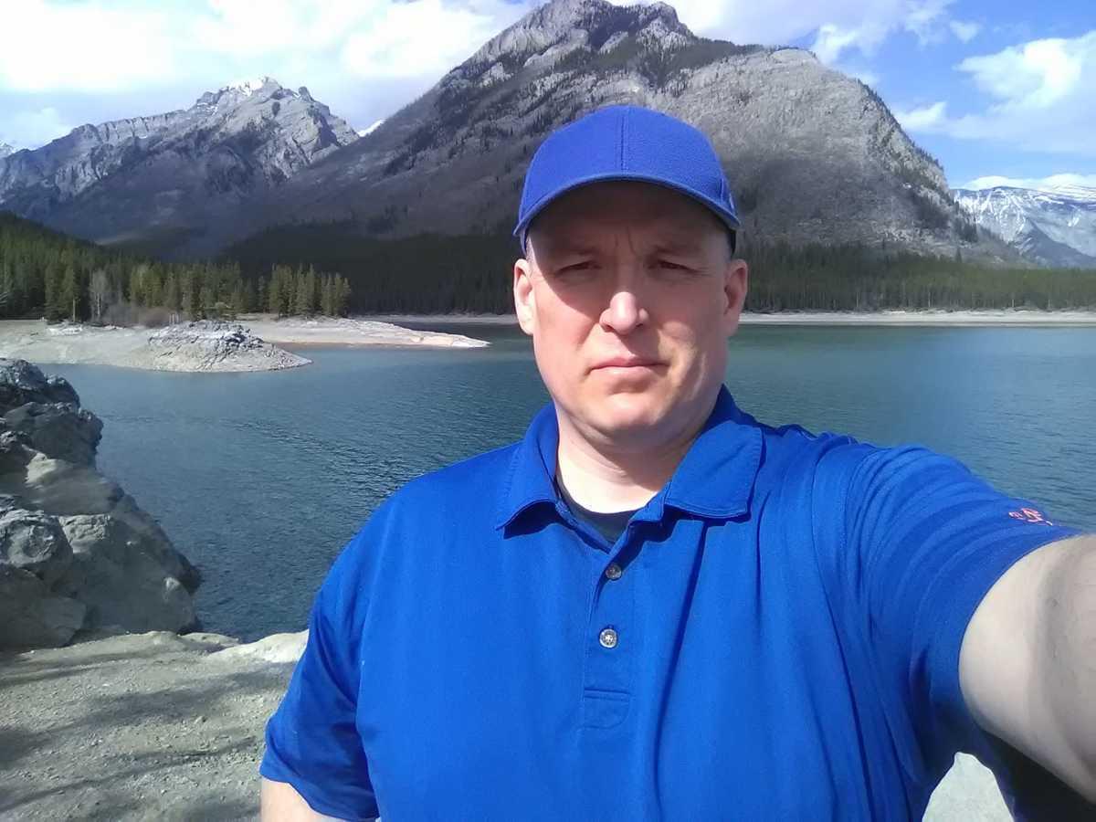 3 Easy Trails Close to Banff Alberta
