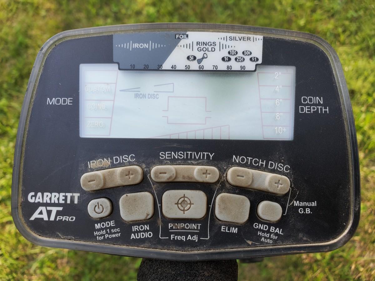 The control box of my Garrett AT Pro.