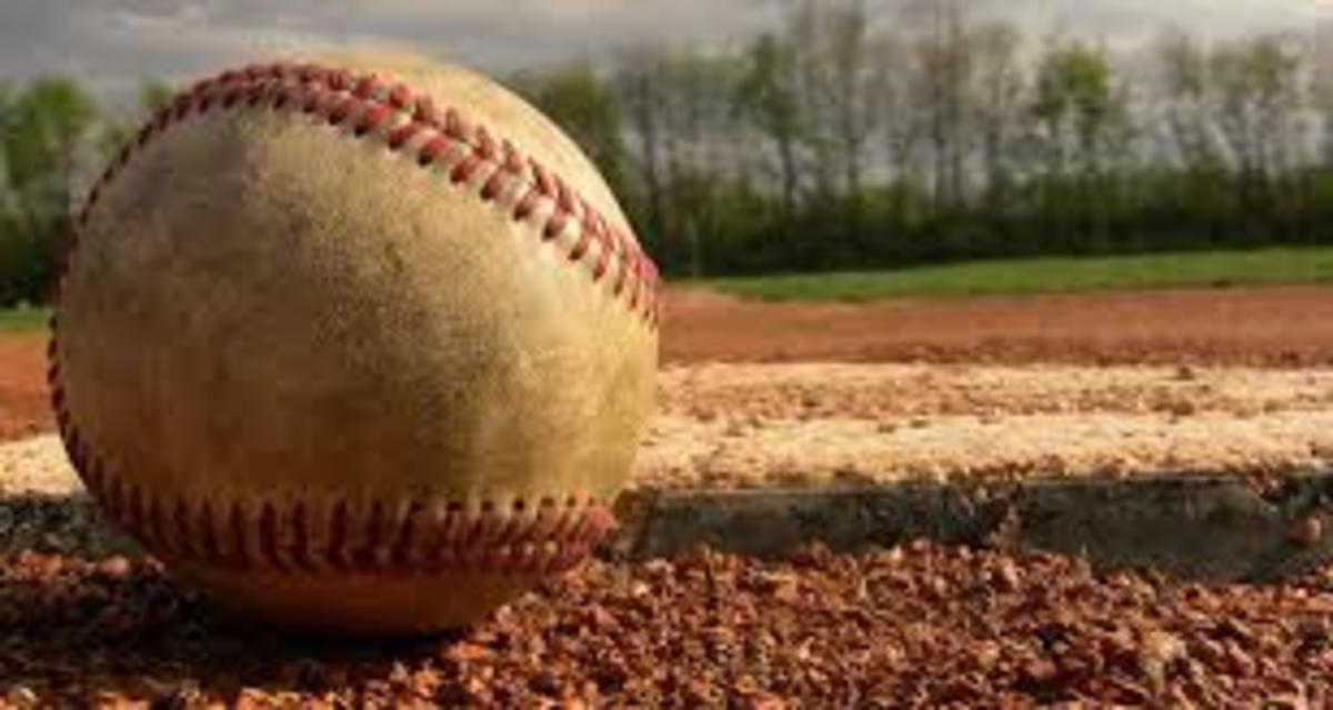 lou-brock-baseball-catcher