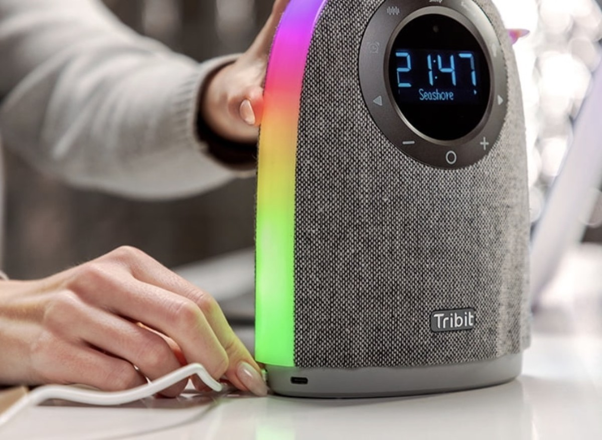 the-tribit-home-is-a-speaker-that-gives-up-a-lot-of-music