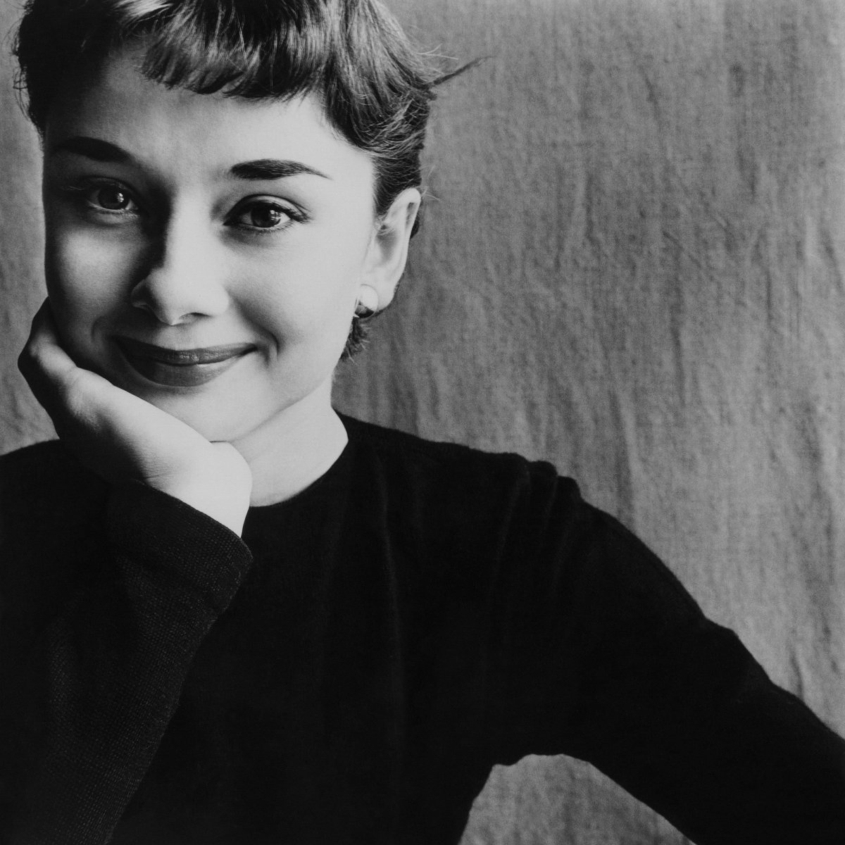 Audrey died in 1993 in Switzerland at the age of 63 after battling colon cancer. And her world war years were published 26 years after her death. But the pertinent question comes as to why she kept all those years hidden.
