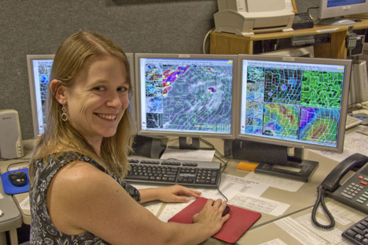 dont-call-female-meteorologists-weather-girls