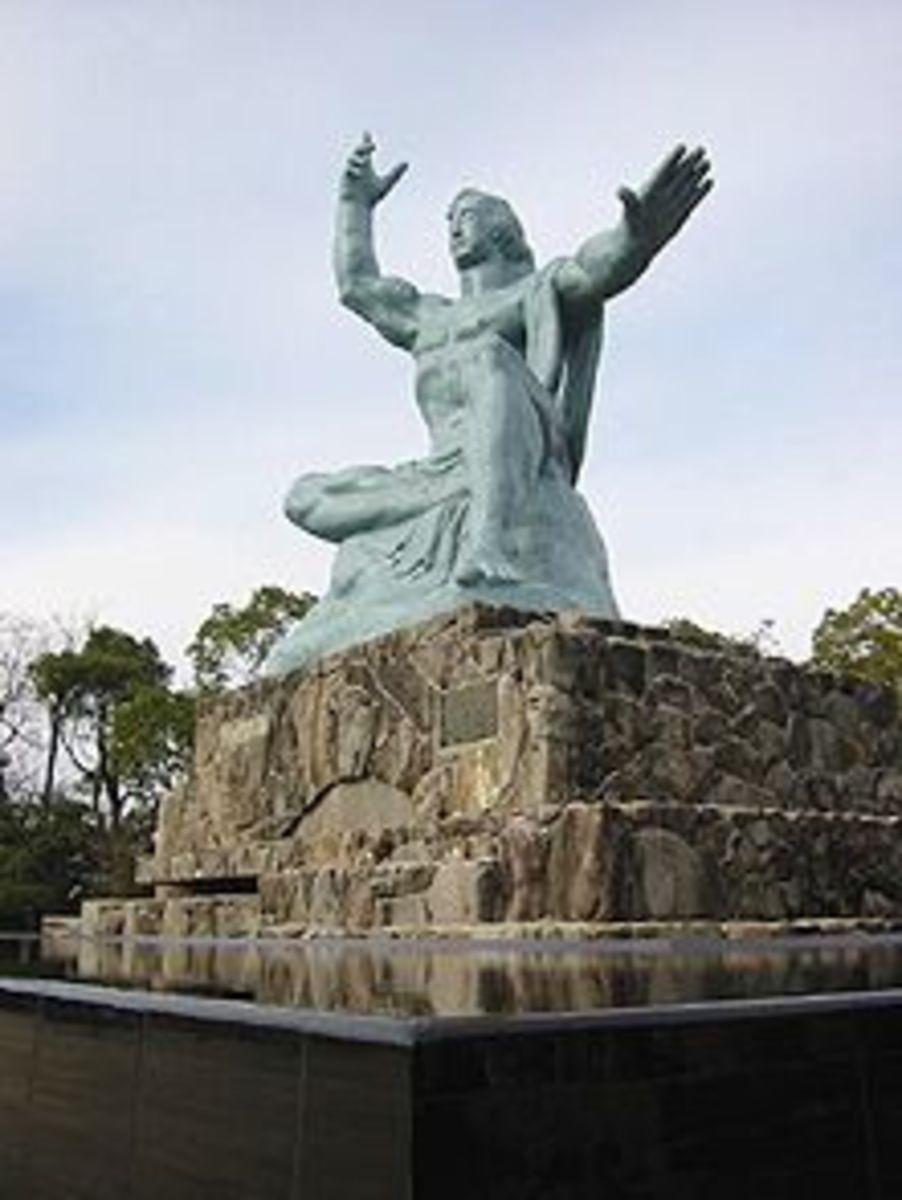 Atomic Bomb site Statue