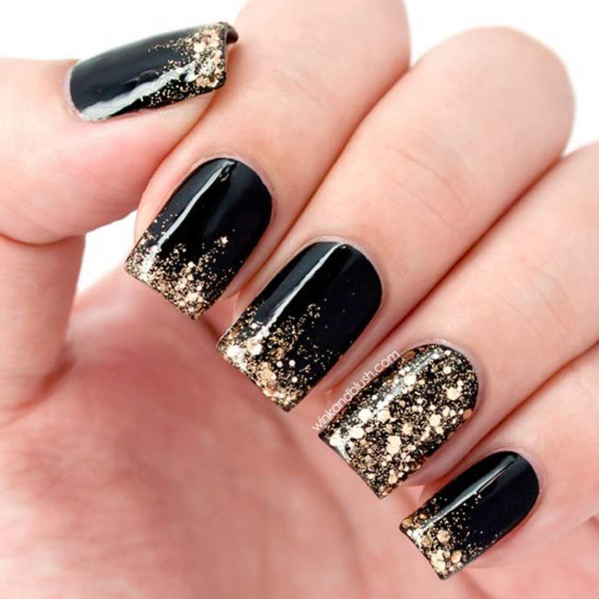 15-creative-black-nail-designs
