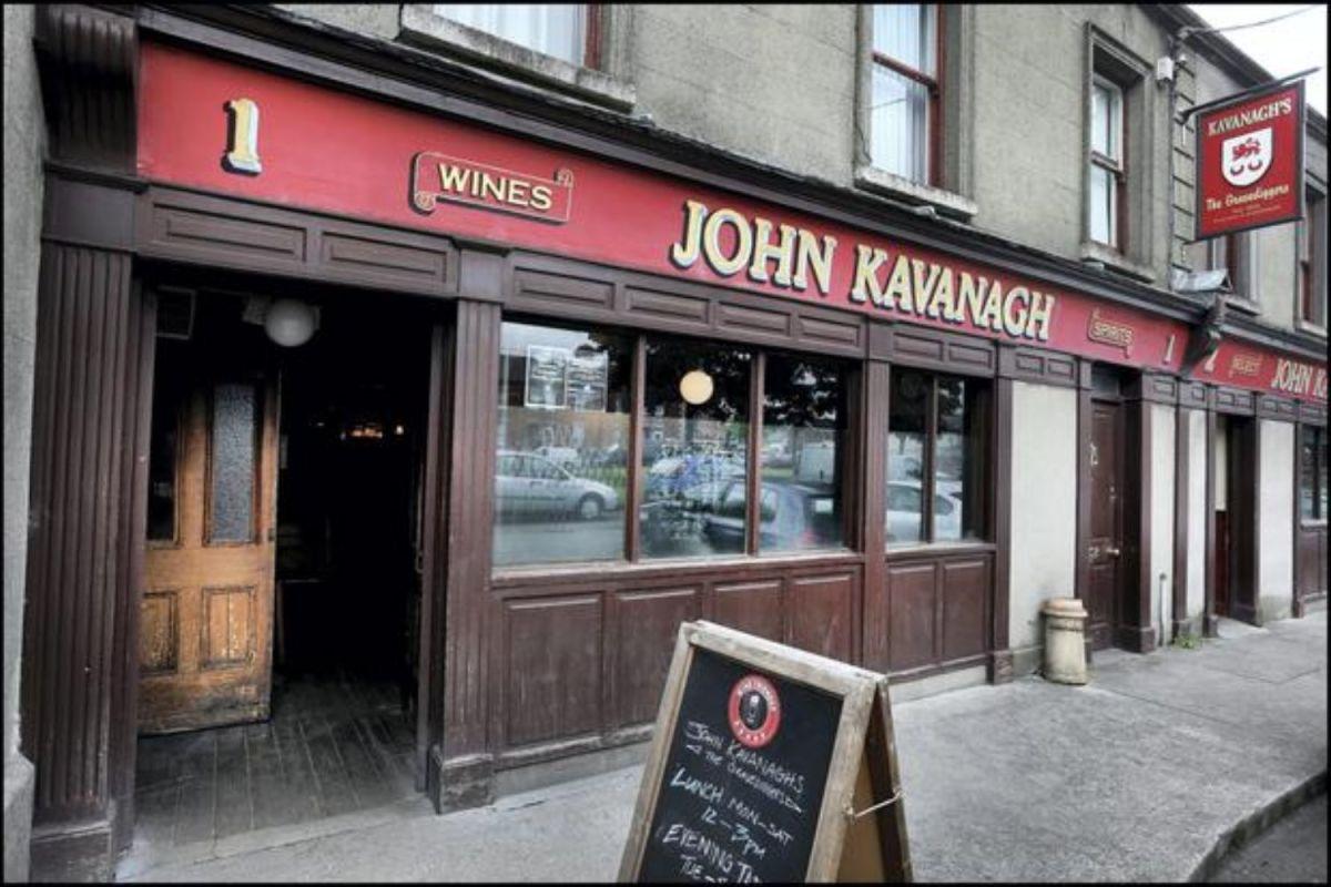 "John Kavanagh ""The Gravediggers"""
