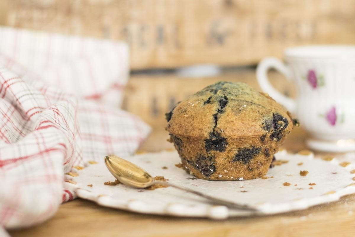 foolproof-easy-recipe-vegan-light-cupcakes-muffins-perfect-breakfast-snack