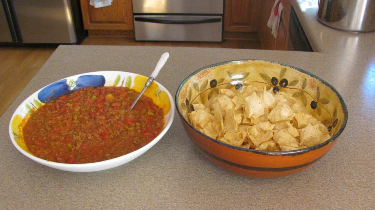 Tostitos Scoop Chips Make the Perfect Accompaniment with this Hearty Chili Recipe