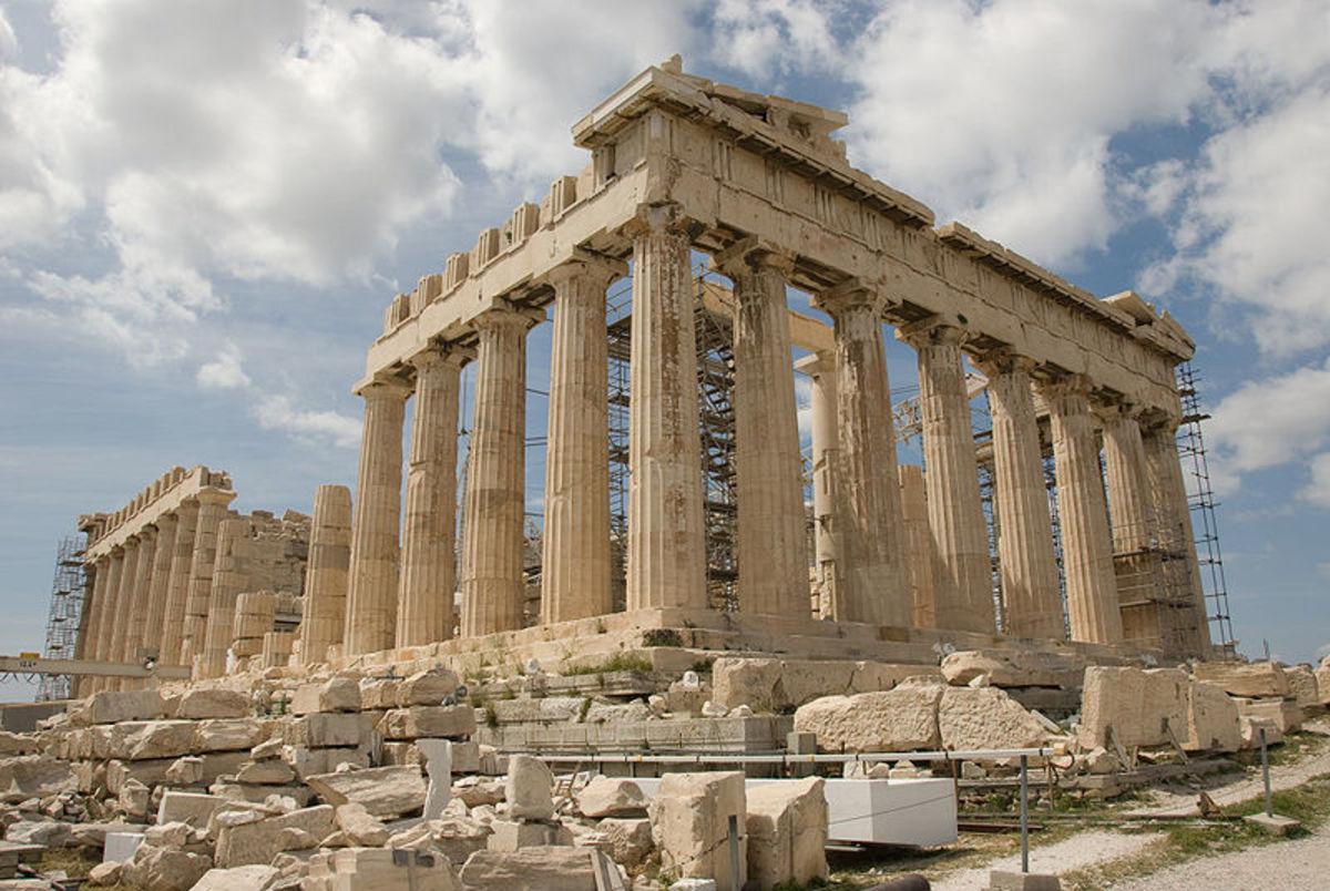 Parthenon under renovation