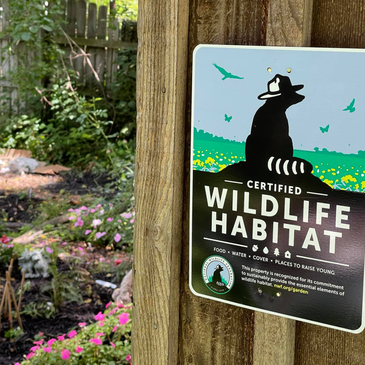 Show your commitment to helping wildlife by proudly displaying your Certified Wildlife Habitat sign in your garden or yard.