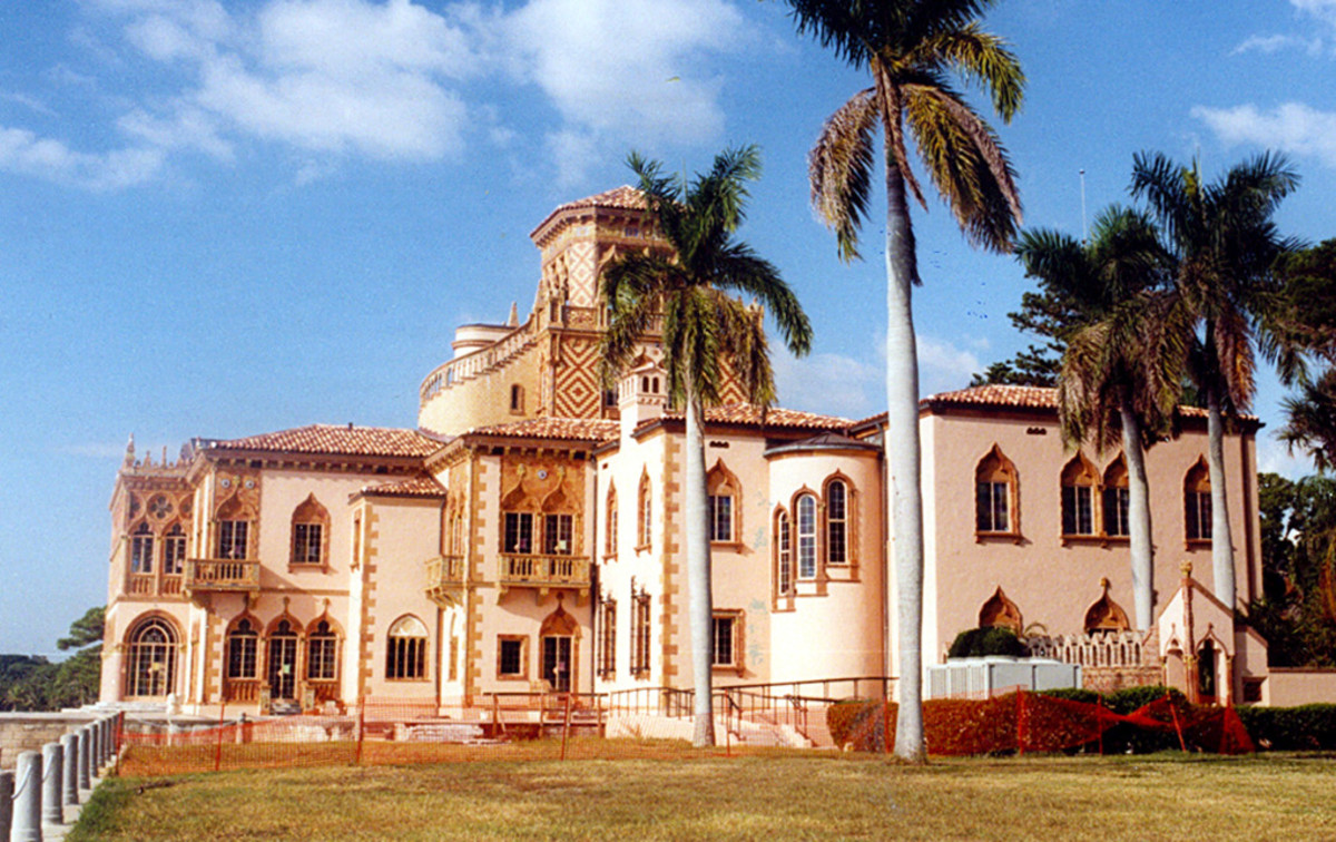 One end of the John Ringling House in Sarasota, which is now a grand museum and art gallery.