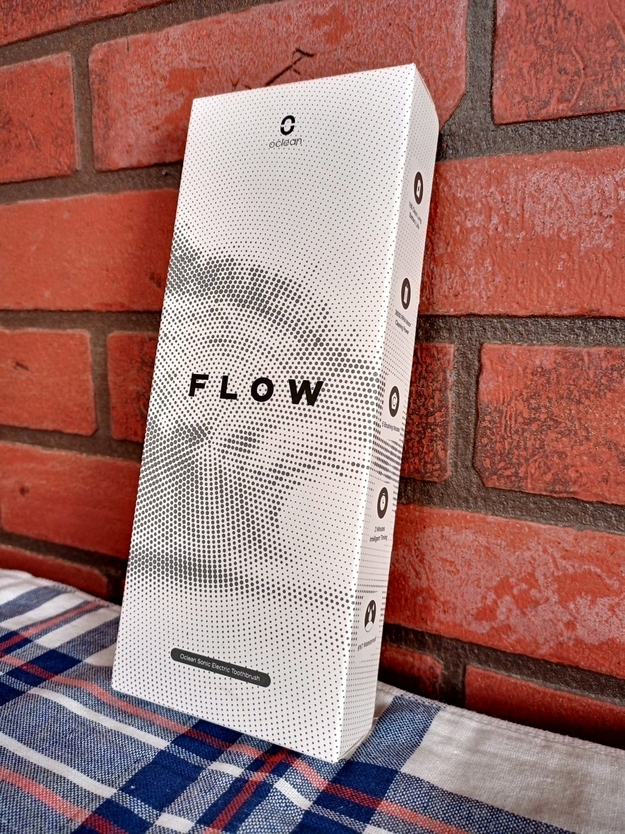 review-of-the-oclean-flow-sonic-electric-toothbrush