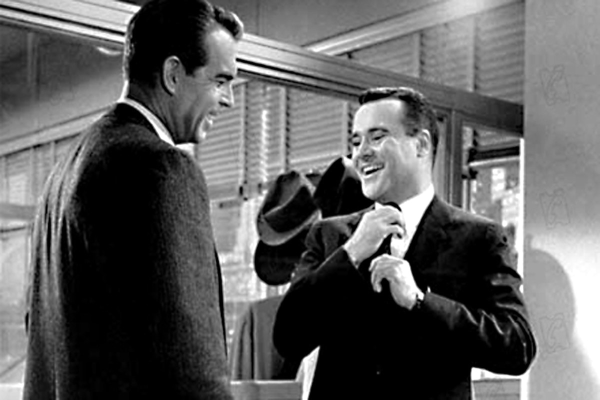 Fred MacMurray and Jack Lemmon. Mr Sheldrake, the Head of Personnel, sees a very bright future for C.C Baxter - if he cooperates