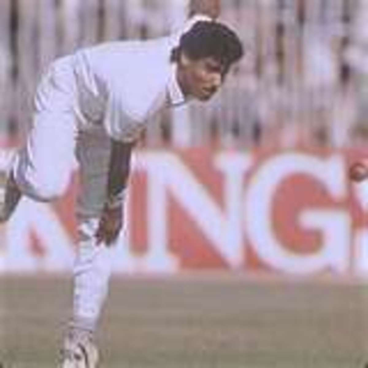 Waqar Younis: Full, straight and fast