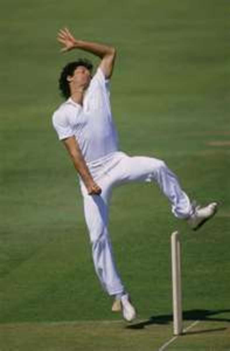 Imran Khan in delivery stride