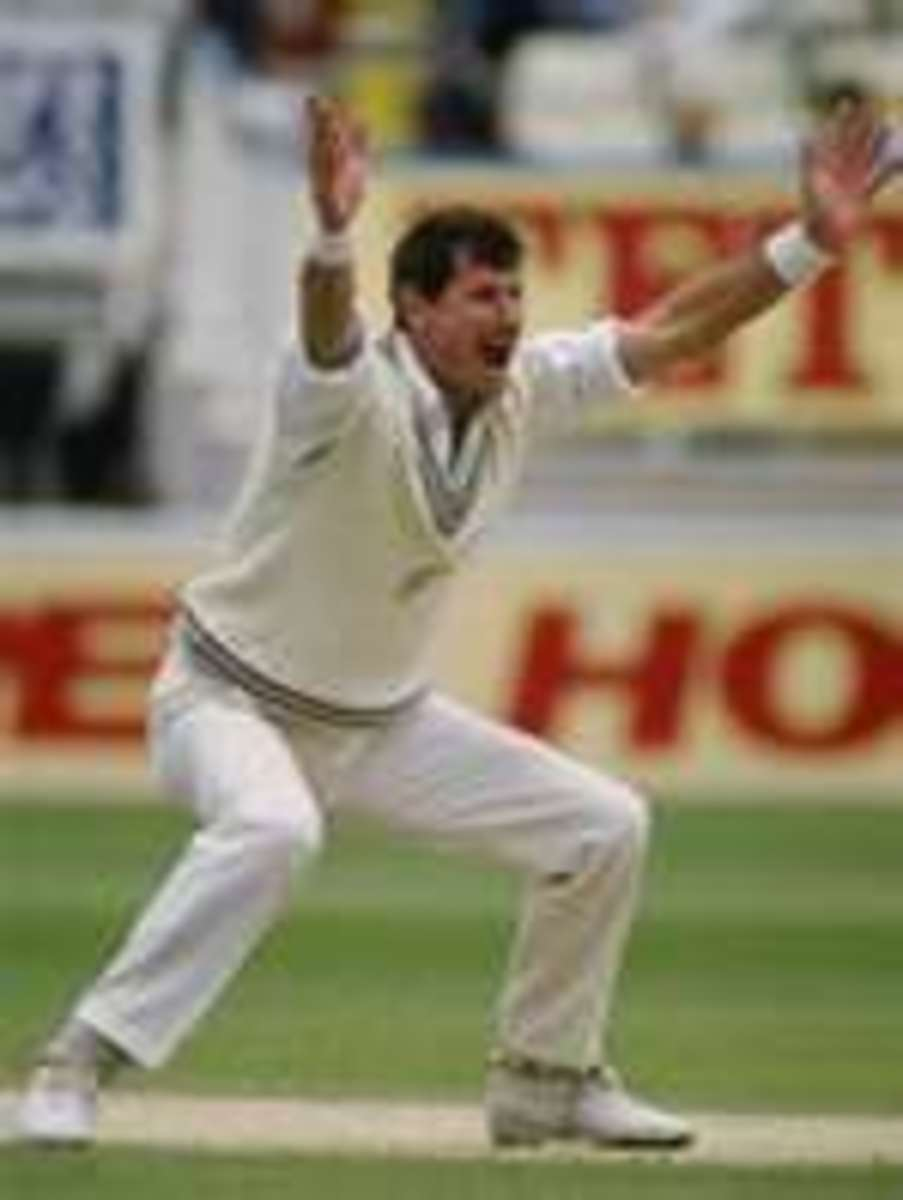 Richard Hadlee appealing for a wicket