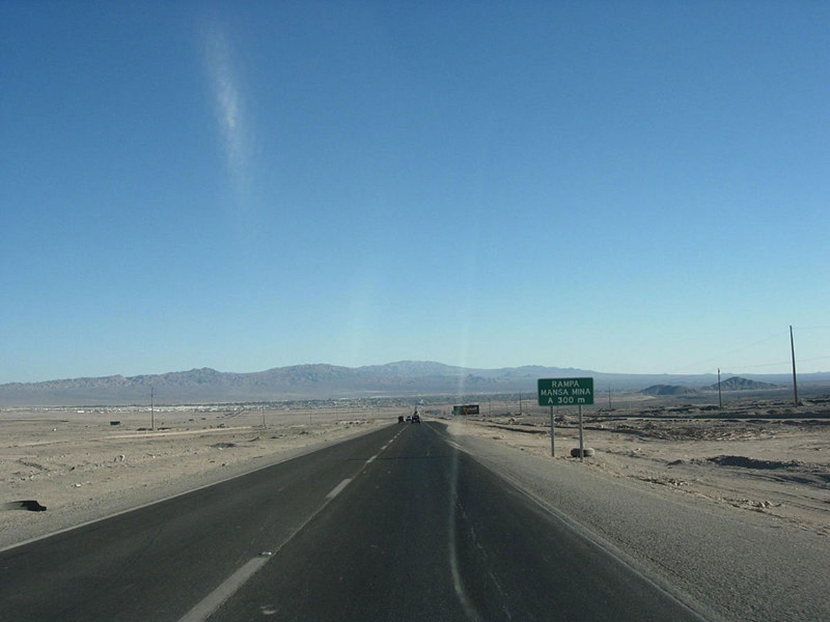 Calama, Chile today.  Image courtesy of Maderibeyza & Wikimedia Commons.
