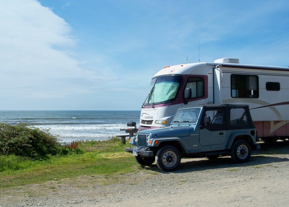 Campsite overlooking Pacific Ocean at Olympic National Park. Washington.