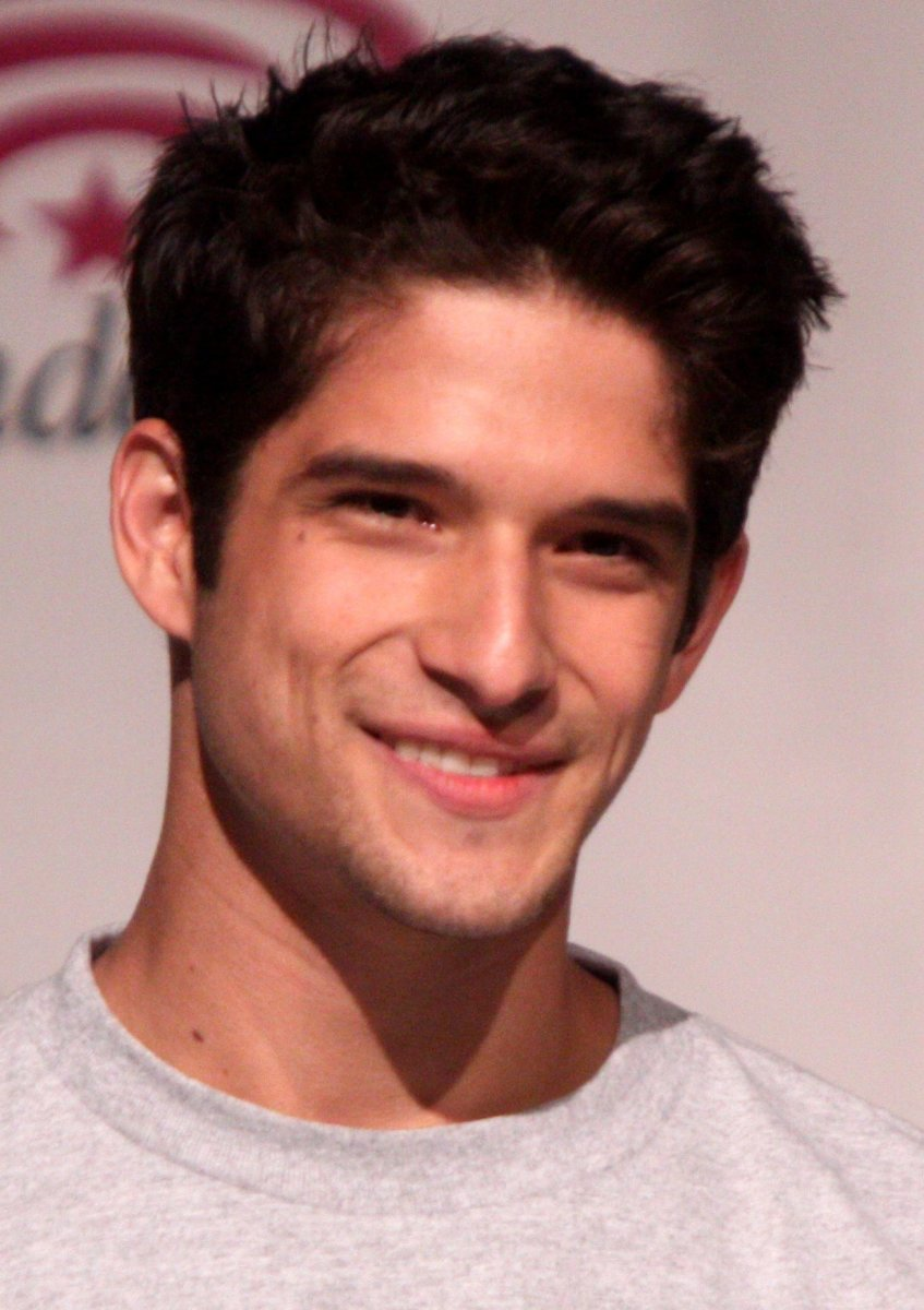 Tyler Posey's Misplaced LGBT Support - What Happened?